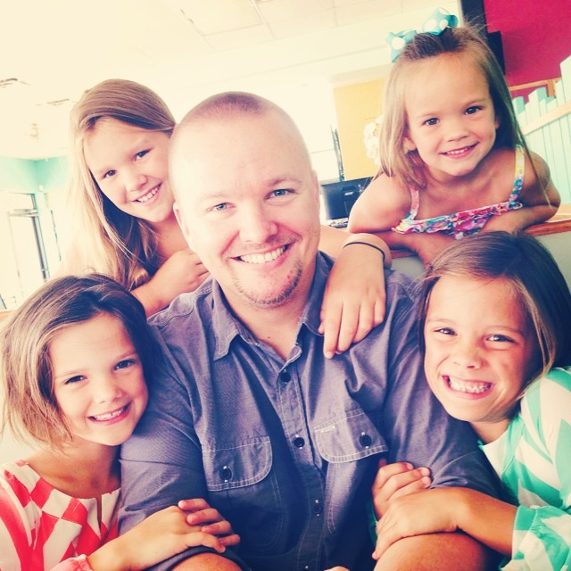 joel-and-his-girls-june-2014